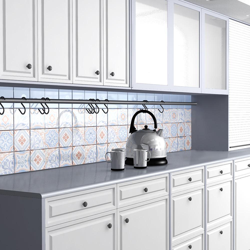 ヨーロッパのデコラティブなデザインをミックスしたプリントタイル。 室内のアクセントとして、様々なシーンでご使用いただけます。