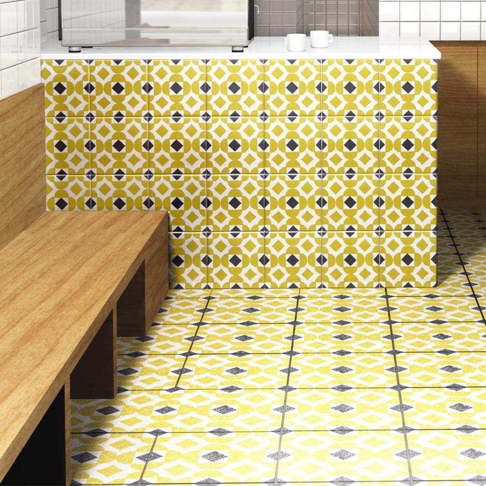 北欧タイル特有のデザインを再現しプリントしたタイルです。壁タイルとして、キッチン周りや店舗内装の壁面のタイルとしてご利用頂けます。200角タイル、100角タイルなどとサイズもご自由にお選び頂けます。