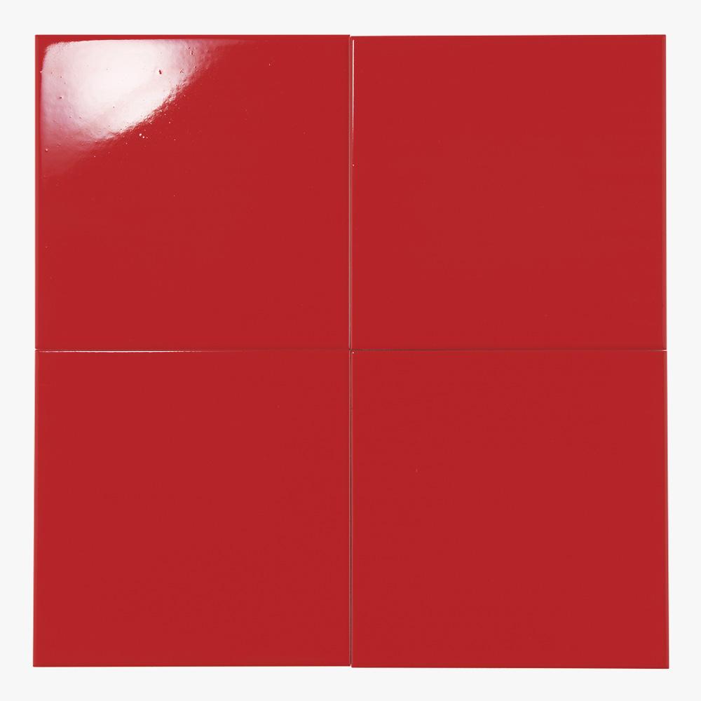 赤色のプリントタイルです。