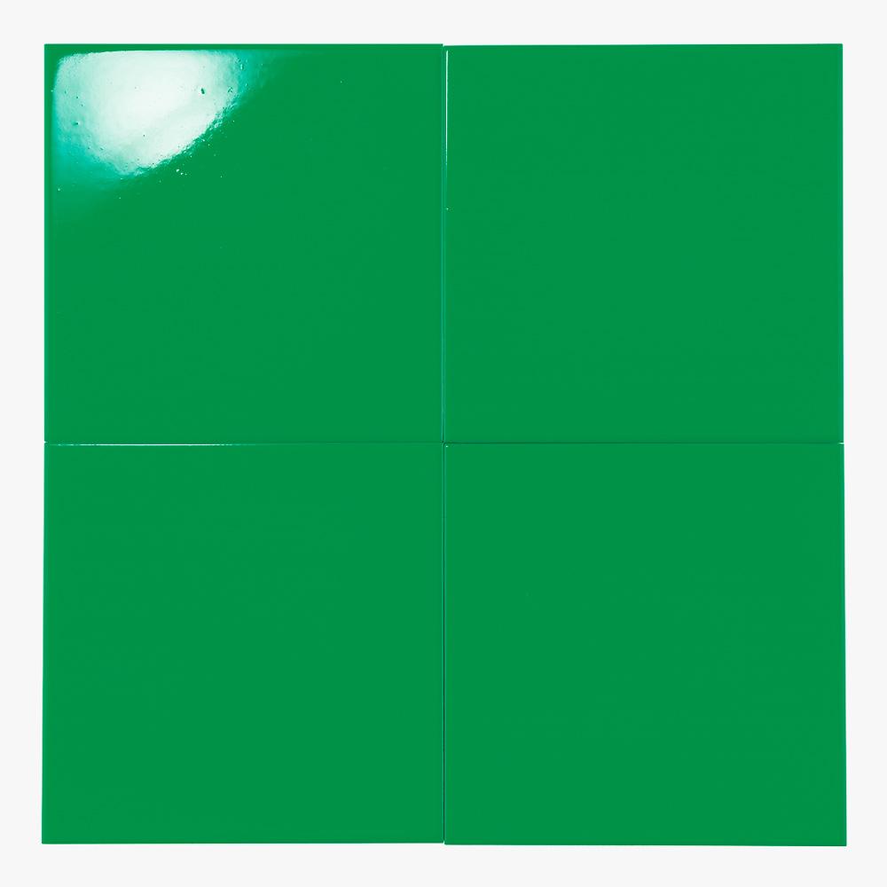 緑色のプリントタイルです。