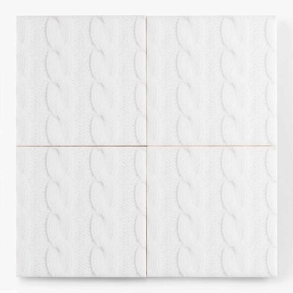 白いニット柄のタイルです。ニット柄シリーズ TEX-1010 〜 TEX-1012 は組み合わせる事が柄を繋げて使用する事が可能です。テキスタイルの柄のデザインを施したタイルシリーズ。