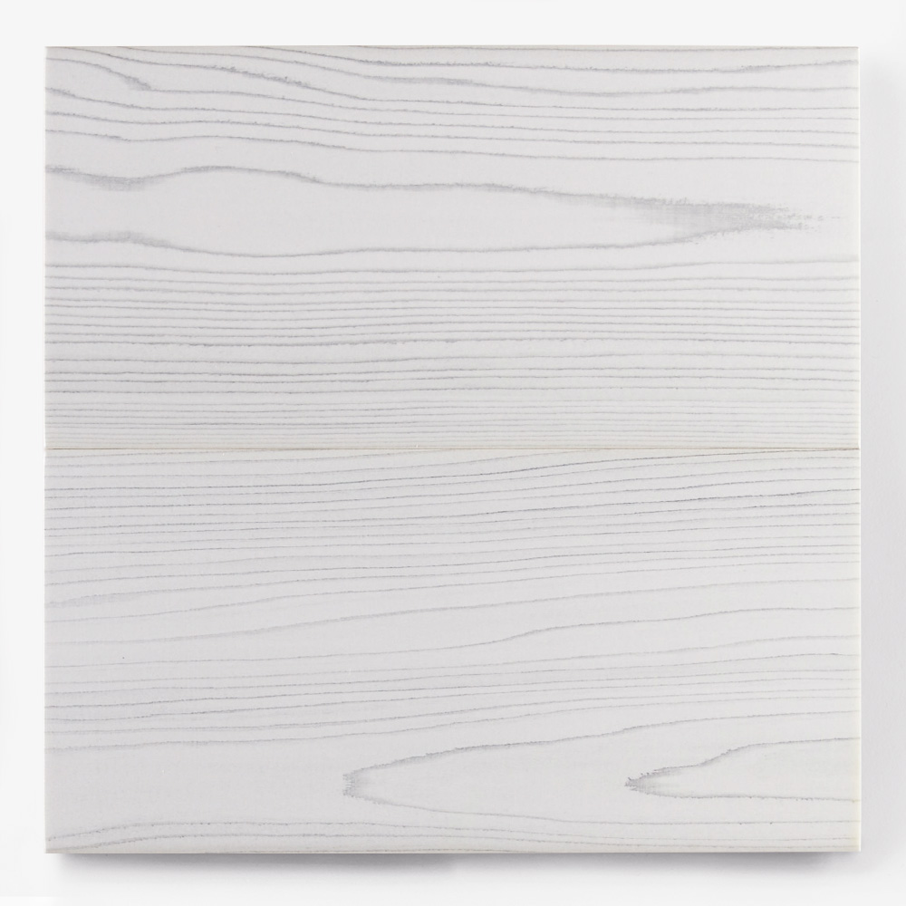 木目調プリントモザイクタイル。<br /> カラー:ホワイト<br /> サイズ:100mm × 200mm